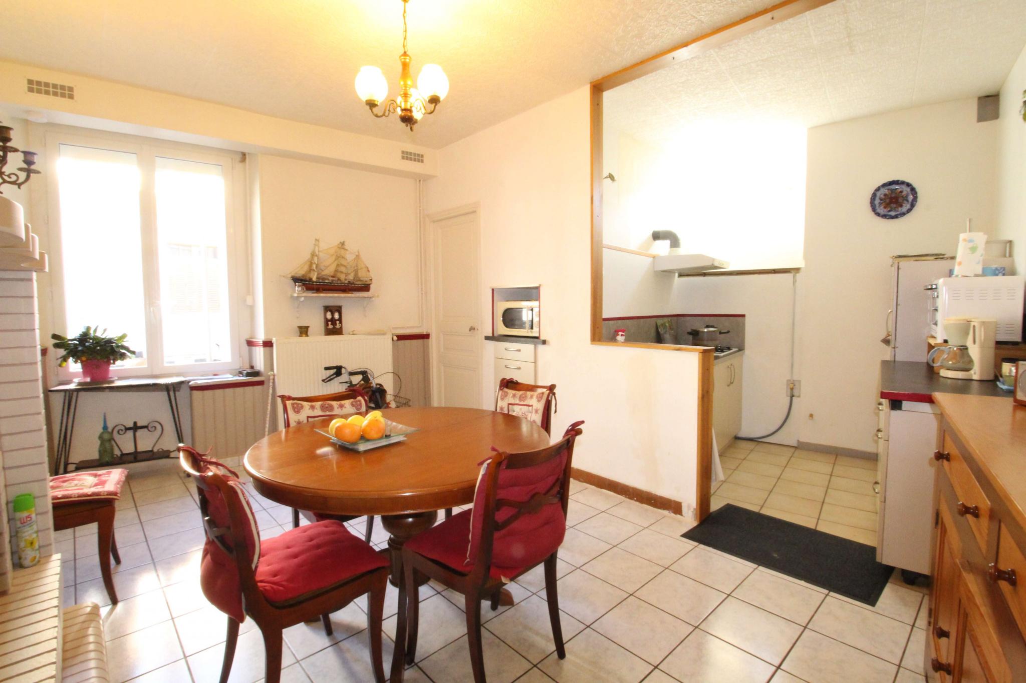 appartement 4 pièce(s) - Centre ville
